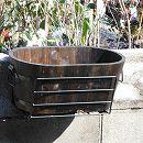 ウィンドウボックスホルダー サイズフリー バイス式(ブラック)と焼杉プランター:小判(小)