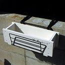 木製プランター45cmとウィンドウボックスホルダーのセット(手すり用プランターホルダー)